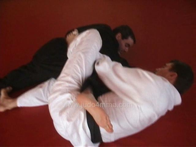 Click for a video showing how to do Ashi Garami - Entangled Leg Lock