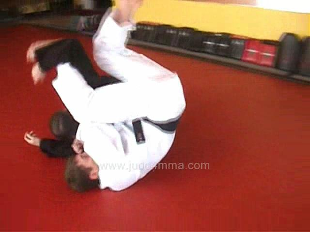 Click for a video showing a traditional Judo technique called Sankaku Jime - Triangle Choke, with an alternate entry